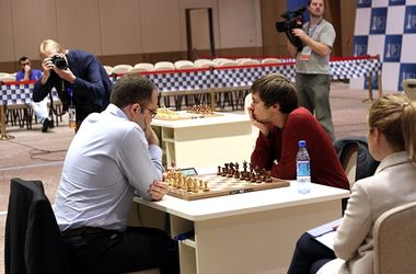 Украинец Павел Эльянов вышел в четвертьфинал Кубка мира по шахматам