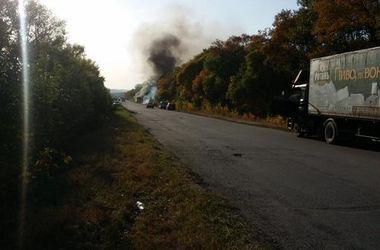Под Харьковом на ходу загорелся автобус