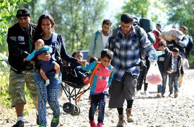 В лагере беженцев в Хорватии полиция применила слезоточивый газ