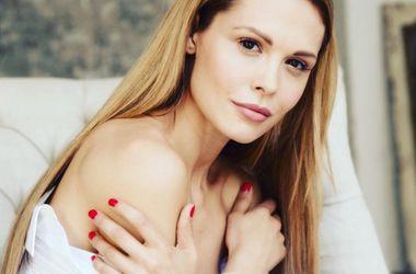 Обнаженная Мария Горбань и другие голые звезды бесплатно на Starsru.ru