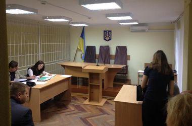 Пленных российских ГРУшников привезли в суд