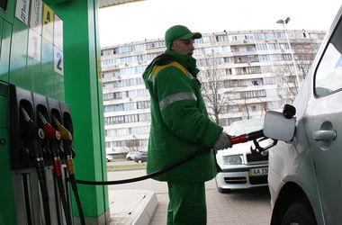 Заправки в Украине завышают цены на бензин - АМКУ
