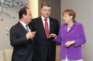 Порошенко, Меркель и Олланд провели телефонные переговоры, Путина не приглашали