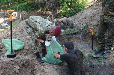 На Аскольдовой могиле в Киеве проводят мегараскопки: нашли останки уже 600 солдат