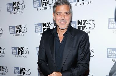 Джордж Клуни признался, что он глупее своей жены