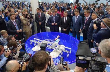 Медведеву показали воображаемый Керченский мост