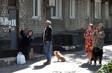 """Информация о взрывах в Донецке: боевики говорят о """"Точках У"""", а местные жители напуганы"""