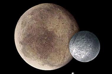 Захватывающее видео полета над гигантским спутником Плутона