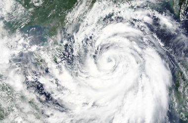 В Китае из-за тайфуна погибли четыре человека, 80 пострадавших