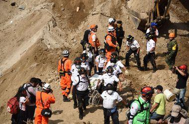 Число жертв оползня в Гватемале возросло до 107 человек