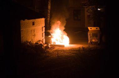 В Харькове ночью сгорела иномарка