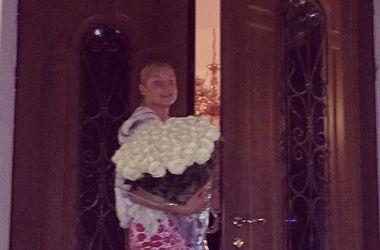 Обнаженная Волочкова похвасталась естественной красотой в роскошной кровати (фото)