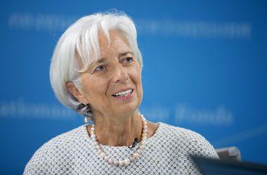 Лагард хочет остаться главой МВФ