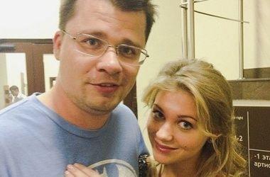 Брошенная жена Харламова советует остерегаться Кристины Асмус