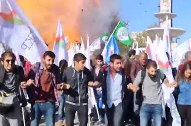 В сети появилось видео теракта в Турции, унесшего жизни 30 человек