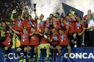Сборная Мексики завоевала путевку на Кубок конфедераций-2017