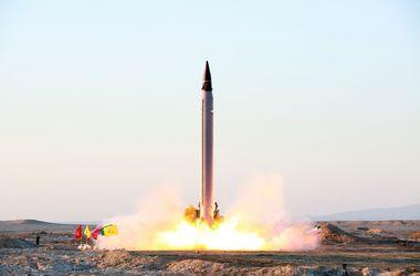 В Иране объявили об успешном испытании ракеты большой дальности