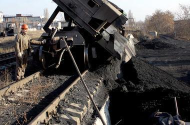 Из-за холодов Украина перестала копить уголь