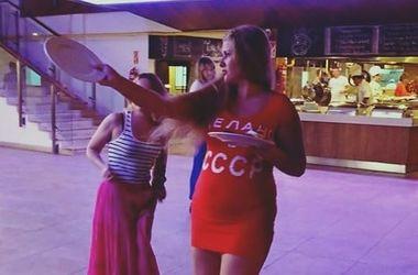 """Российские туристы устроили """"советский ад"""" в турецком отеле"""