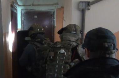 ФСБ России опубликовала видео задержания лиц готовивших теракт