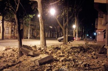 В центре Одессы обрушилась стена дома