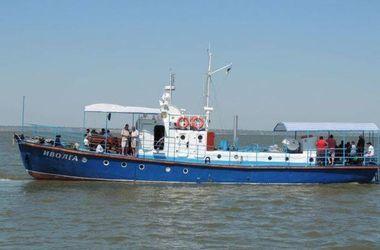 Пограничники рассказали, как спасали людей с утонувшего катера под Одессой