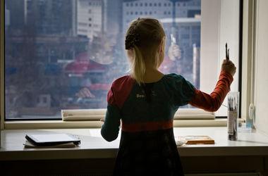 Психологи штаба Ахметова помогают детям-сиротам