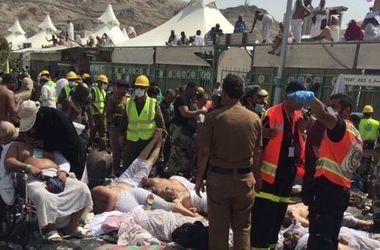 Число жертв трагической давки в Мекке растет гигантскими темпами