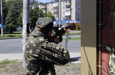 В Донецке началась ожесточенная стрельба