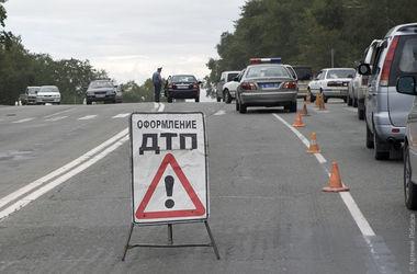 В Киеве пьяный водитель протаранил три машины