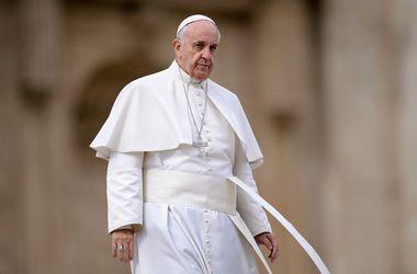 Ватикан опроверг информацию о смертельной болезни Папы Римского