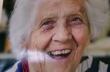 100-летняя бабушка-трудоголик шокировала общественность