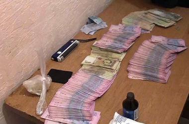 В Одессе сотрудники милиции погорели на взятке в 200 тысяч гривен