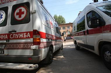 В Киеве женщина набросилась на священника с ножом