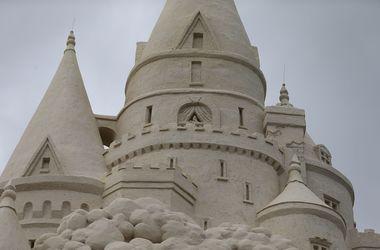 В США построили 14-метровый замок из песка
