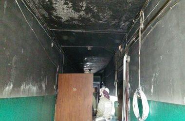 В Киеве утром сгорела квартира, пожарные спасли четырех жильцов