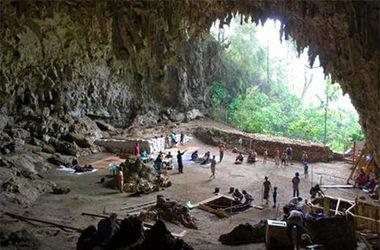 В Индонезии нашли неизвестную пещеру хоббитов