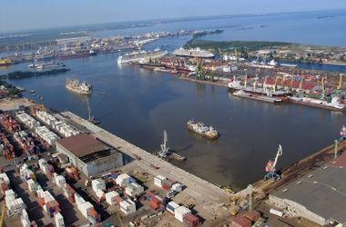 Участники блокады Крыма попытались взять под контроль Скадовский порт