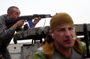 Боевики из гранатометов и крупнокалиберных пулеметов обстреляли Пески