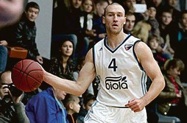 На выходных прошли матчи двух баскетбольных чемпионатов Украины: официального и Суперлиги