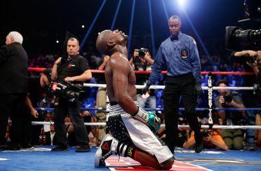 Завершивший карьеру Флойд Мейвезер стал почетным чемпионом WBC