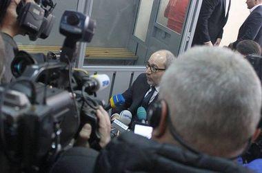 Адвокаты Кернеса требуют 19 прокуроров