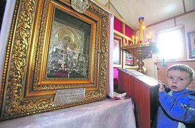 В Киеве икона Божьей Матери творит удивительные чудеса