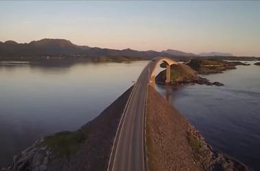 Видеохит: самая красивая автомобильная дорога в мире