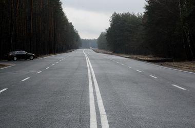 Украина взяла большой кредит на ремонт дорог