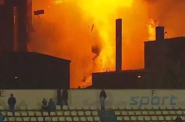 Взрыв на хлебозаводе попал в кадр камер снимавших футбольный матч