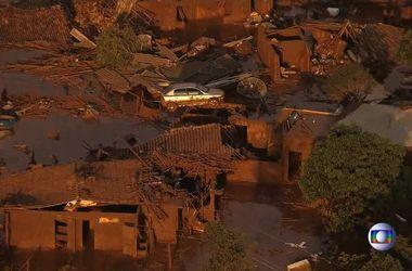 В Бразилии обрушилась дамба: погибли 16 человек