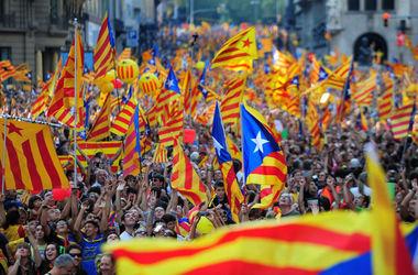 Сепаратистский парламент получил право решать судьбу Каталонии