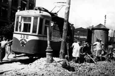 Как восстанавливали трамвайное движение в Киеве после войны