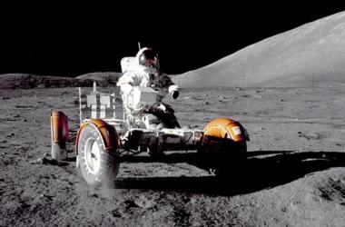 NASA показало уникальные снимки жизни в космосе
